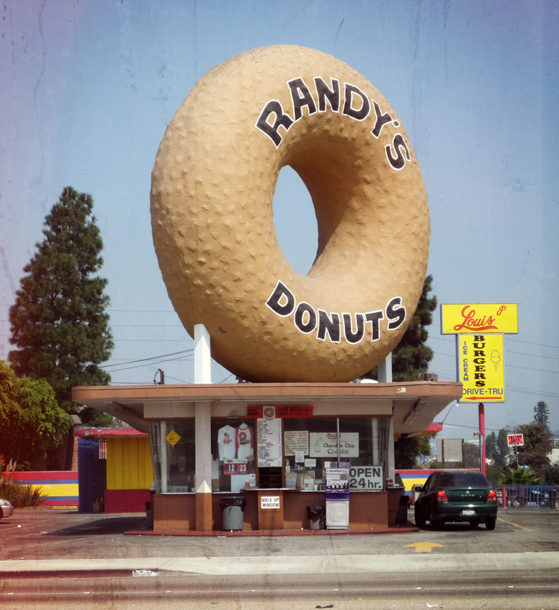randy's donuts inglewood synergy